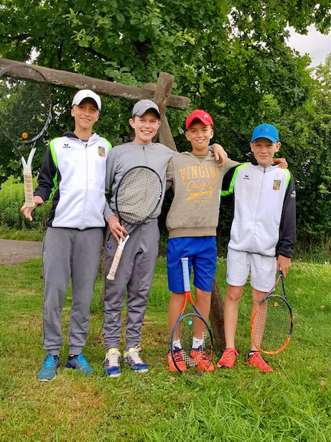 Die Knaben des TCF sind Bezirksmeister. Mit 5:1-Sieg über Ulm für die württembergische Meisterschaft qualifiziert
