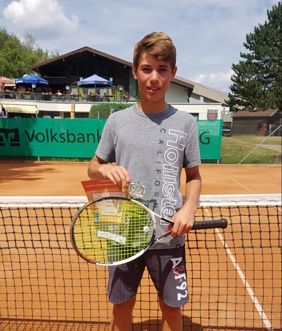 Jakob Feyen wird Zweiter bei den Waiblingen-Juniors Open